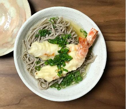 十割蕎麦と米粉の天ぷら
